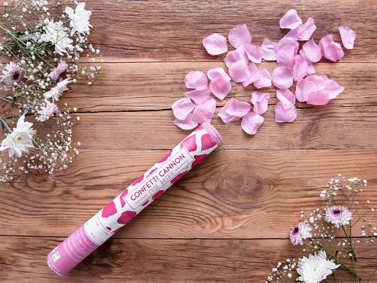 Comment faire un bain de pétales de rose ?