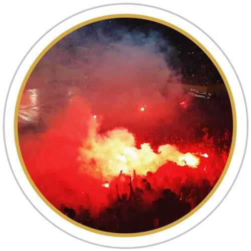 Les fumigènes de nouveau autorisés dans les stades ?