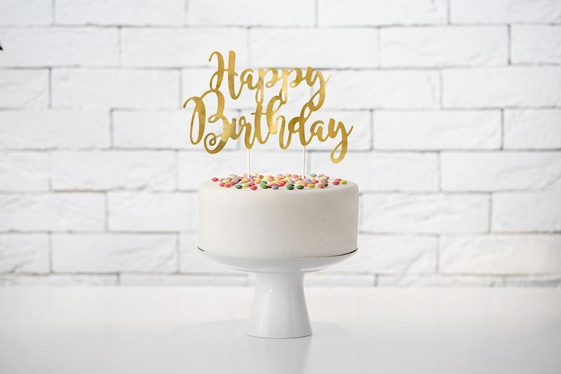 Comment décorer un gâteau d'anniversaire ?
