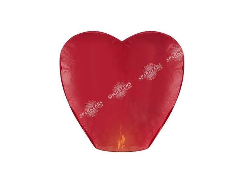 Lanternes volantes rouges forme coeur