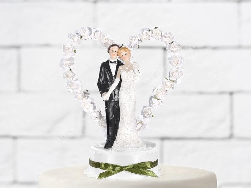 Figurine mariage couple sur coeur blanc et argent