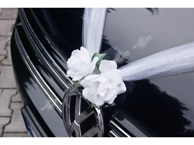 Guirlande de tulle blanche avec roses blanches 1,7 mètres
