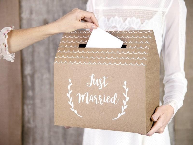 "Urne en papier kraft avec inscription ""Just Married"""