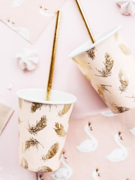 Gobelet en papier rose motif plumes dorées (Lot de 6)