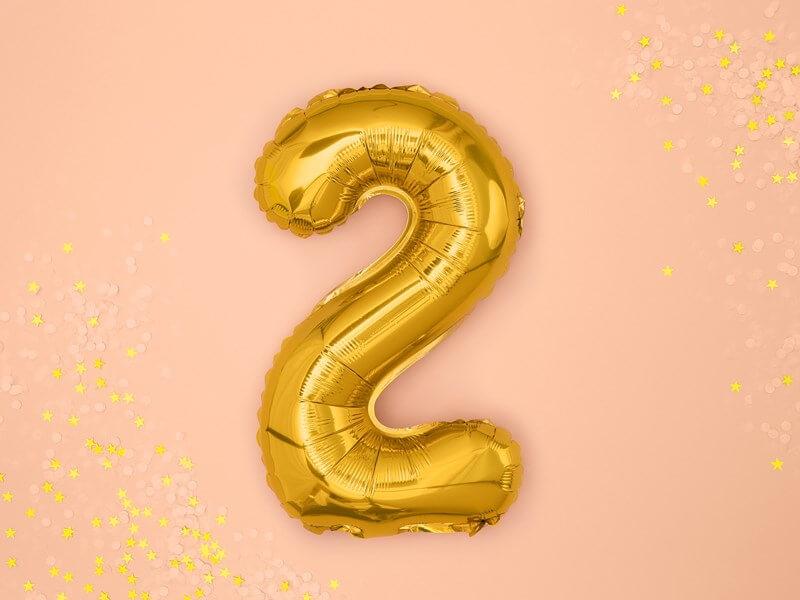 Ballon anniversaire chiffre 2 Or 35cm