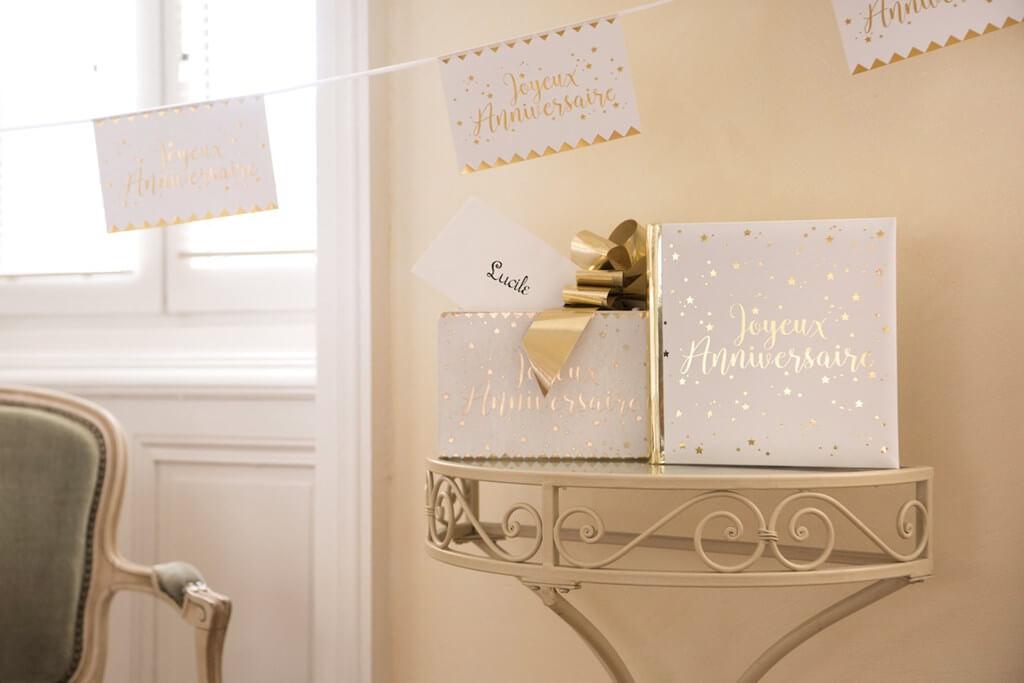 Urne en papier Joyeux Anniversaire Or/Blanc