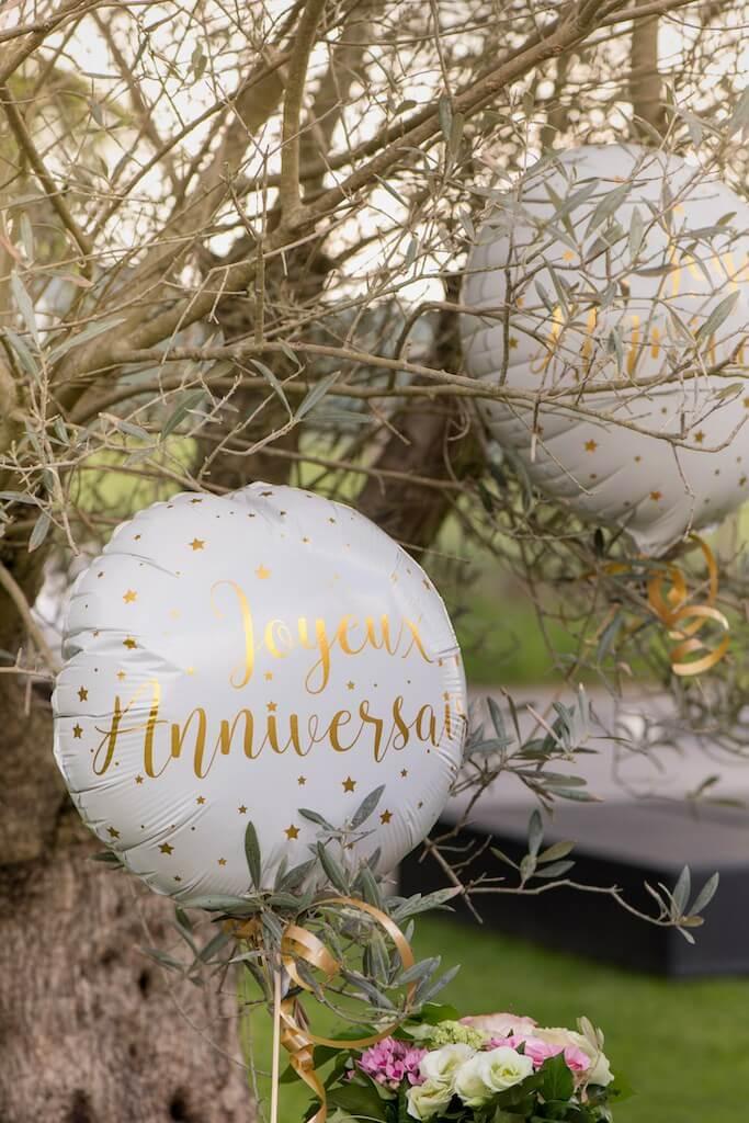 Ballon Joyeux Anniversaire Blanc/Or ø45cm
