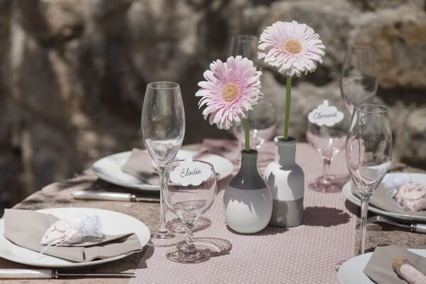 Chemin de table Plumetis rose - 30cm x 5m